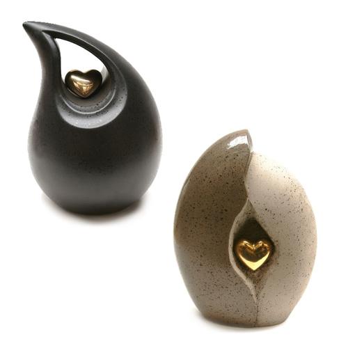 Keepsake cremation ashes urns